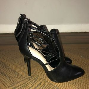 Zara black heeled bootie